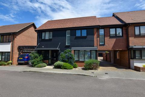 4 bedroom link detached house for sale - Teddington Drive, Leybourne, West Malling