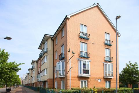 2 bedroom apartment to rent - Barletta House, Vellacott Close, Cardiff Bay