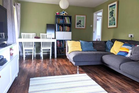 2 bedroom flat for sale - Highbrook Close, Brighton, East Sussex