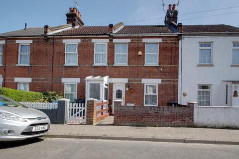 2 bedroom terraced house for sale - Warwick Road, Clacton-On-Sea