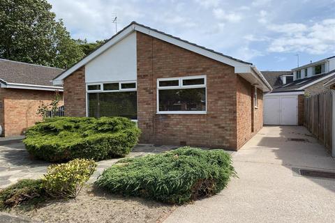 2 bedroom detached bungalow for sale - Oakwood Avenue, Lytham St. Annes