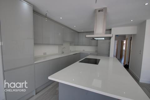 5 bedroom chalet for sale - Seventh Avenue, Chelmsford