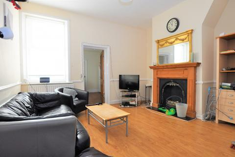 3 bedroom flat to rent - Glenthorn Road, Jesmond, Newcastle Upon Tyne