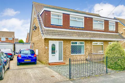 3 bedroom semi-detached house for sale - Hathersage Road, Hull, East Yorkshire, HU8