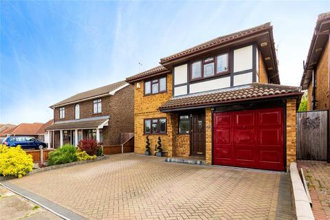 4 bedroom house for sale - Homefields Avenue, Benfleet, Essex, SS7