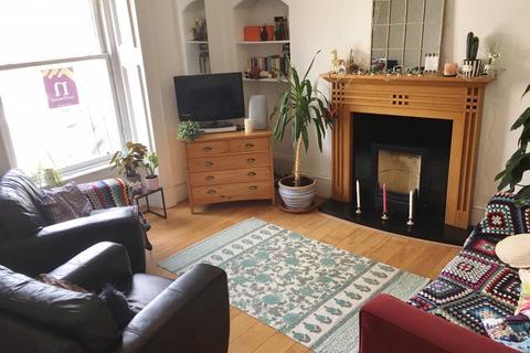 3 bedroom flat to rent - Rosemount Viaduct, Rosemount, Aberdeen, AB25 1NQ