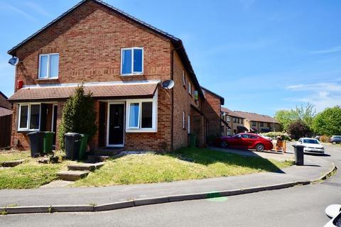 1 bedroom semi-detached house for sale - Gatcombe, Netley Abbey, Southampton, Hampshire, SO31 5PX