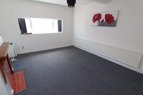 2 bedroom flat to rent - S8- Chesterfield Road - AVailable Now