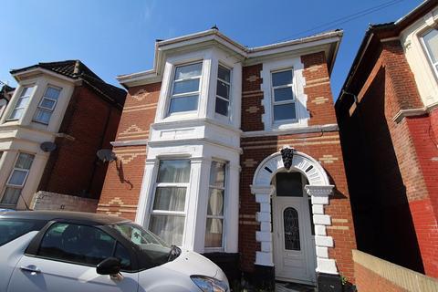 2 bedroom house share to rent - Denzil Avenue, Inner Avenue, SO14