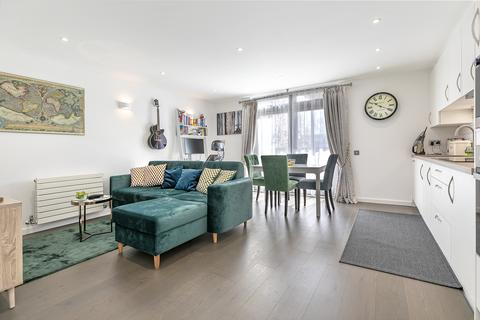 1 bedroom apartment for sale - Hunt Close, London, W11