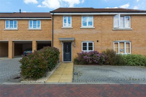2 bedroom terraced house for sale - Cowlin Mead, Chelmsford, Essex, CM1