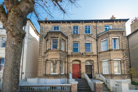 2 bedroom flat for sale - Selborne Road, Hove, East Sussex, BN3