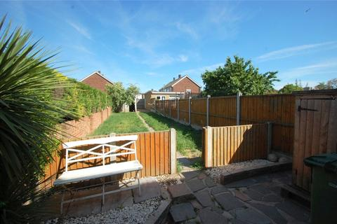 3 bedroom terraced house for sale - Hubert Road, Rainham, RM13
