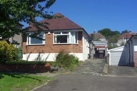 3 bedroom detached bungalow to rent - Willersley Avenue, Orpington