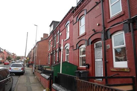 3 bedroom terraced house to rent -  Bayswater Terrace,  Leeds, LS8