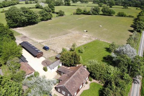 4 bedroom detached bungalow for sale - Tree Tops, Swifts Green, Smarden, Ashford, TN27