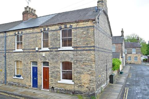 2 bedroom end of terrace house to rent - LOCKWOOD STREET, THE GROVES, YORK