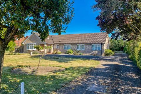 4 bedroom bungalow to rent - Bannold Road, Waterbeach
