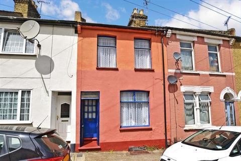 3 bedroom terraced house for sale - Lester Road, Chatham, Kent