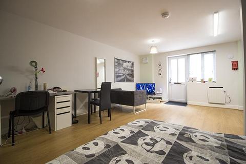 Studio to rent - 136 North Sherwood Street Flat 13, NOTTINGHAM NG1 4EF