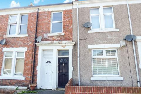 2 bedroom flat for sale - Overhill Terrace, Gateshead, Tyne and Wear, NE8 1TD