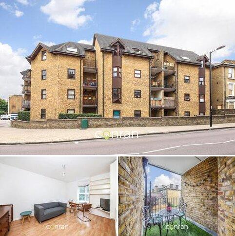 2 bedroom apartment to rent - Endwell Road, Brockley, SE4