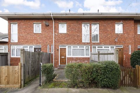 3 bedroom terraced house for sale - Dornberg Close, Blackheath, SE3