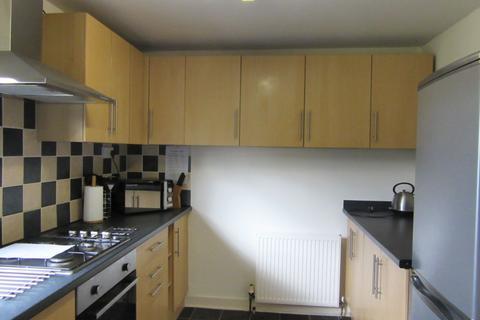4 bedroom flat to rent - Calder Gardens, Sighthill, Edinburgh, EH11