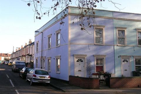 1 bedroom apartment to rent - Cleave Street, St Werburghs, Bristol, BS2