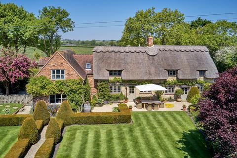 4 bedroom detached house for sale - The Platt, Denton Lane, Chippinghurst, Oxford, OX44