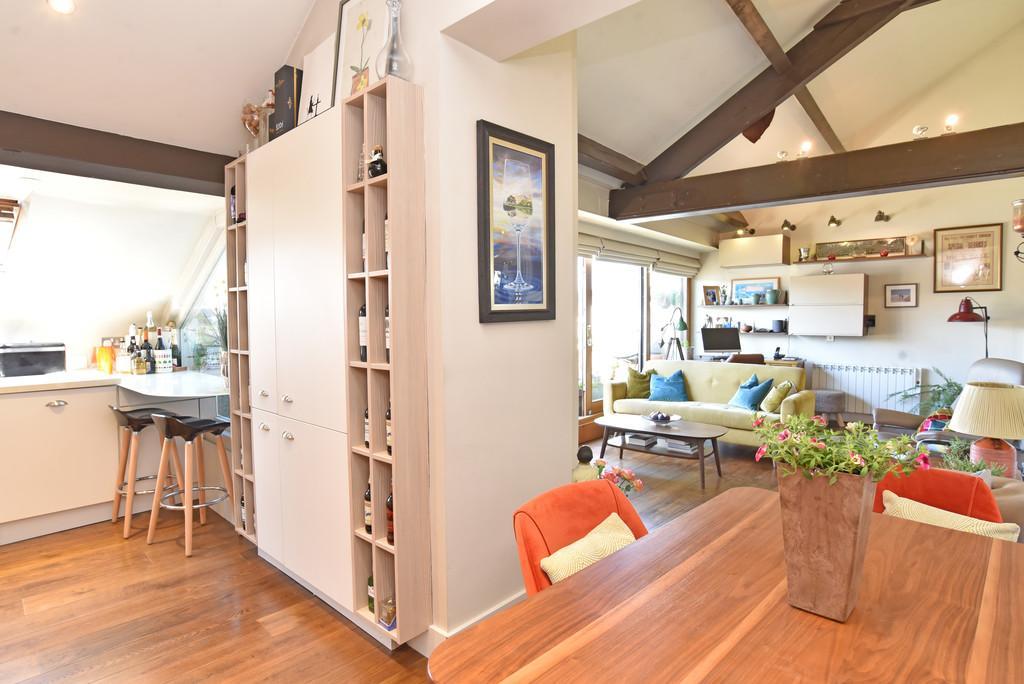 Crescent Road, Harrogate 2 bed apartment for sale - £370,000