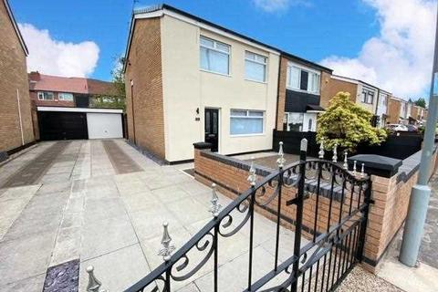 3 bedroom semi-detached house for sale - Easton Road, Huyton, Liverpool