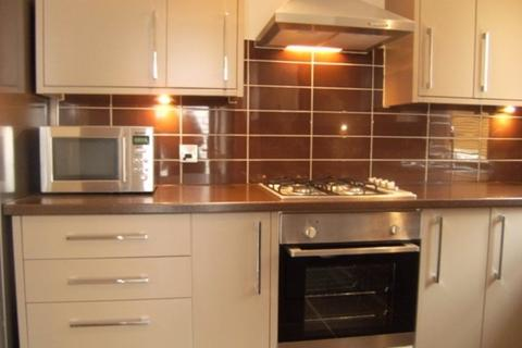 7 bedroom terraced house to rent - Highfield Place, Sheffield