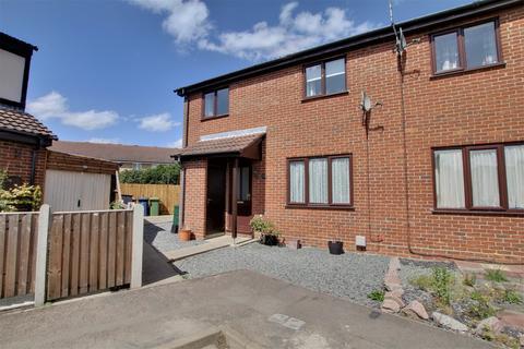 2 bedroom semi-detached house for sale - Drivers Close, Doddington, March
