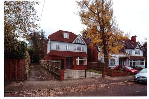 Land for sale - Crown Road, New Malden, KT3