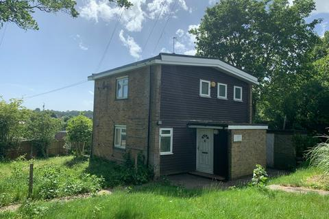 3 bedroom detached house to rent - Grovelands Road, Orpington