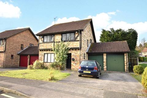 4 bedroom detached house to rent - Lyndhurst Close, Martins Heron, Bracknell, Berkshire, RG12