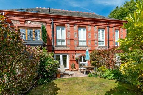 3 bedroom townhouse for sale - St Anns Gardens, Altrincham