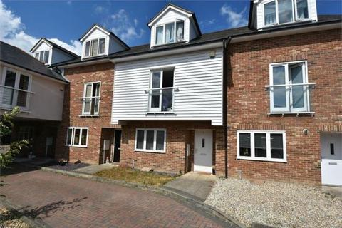 4 bedroom terraced house to rent - Parish Close, Broadstairs CT10