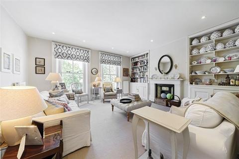 2 bedroom flat for sale - Battersea Bridge Road, Battersea, SW11