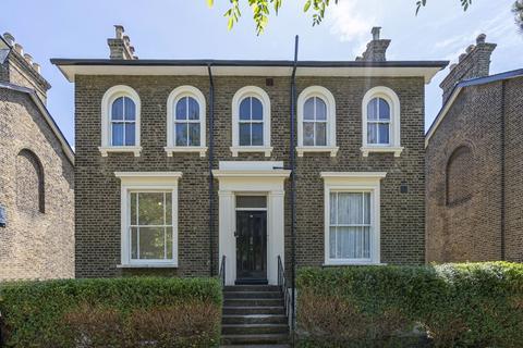3 bedroom apartment for sale - Somerset Gardens, Lewisham SE13