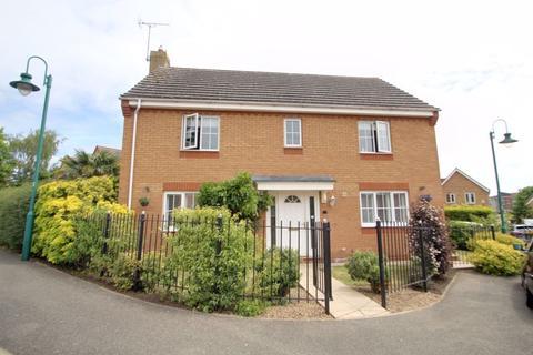 4 bedroom detached house for sale - Croft Way, HAMPTON, Peterborough