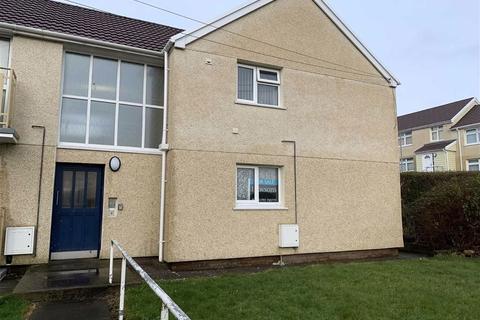 3 bedroom flat for sale - Pengwern Road, Clase, Swansea