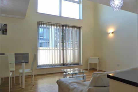 3 bedroom flat to rent - Stepney Court - P1647