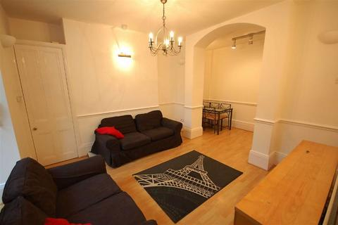 2 bedroom flat to rent - Clifton Avenue, Fallowfield, Manchester