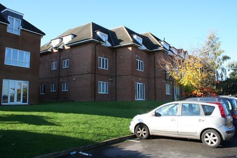 2 bedroom ground floor flat to rent - Great North Way, London, NW4