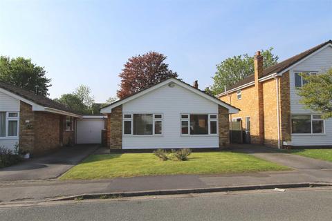 2 bedroom detached bungalow to rent - Mere Heath Park, Knutsford
