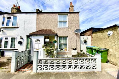 2 bedroom terraced house for sale - Sutcliffe Road, Plumstead, London, SE18
