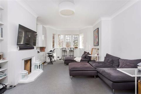 2 bedroom flat to rent - Tudor Close, Belsize Park, London