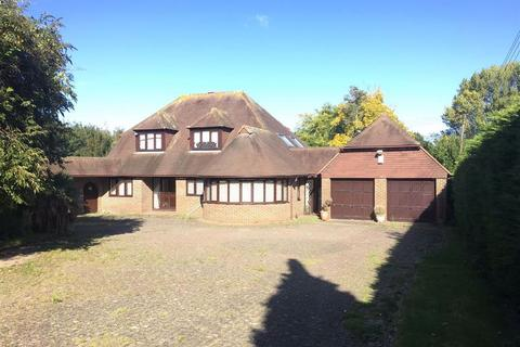 Land for sale - Lynsted, Kent